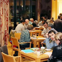 l_fluechtlingscafe2